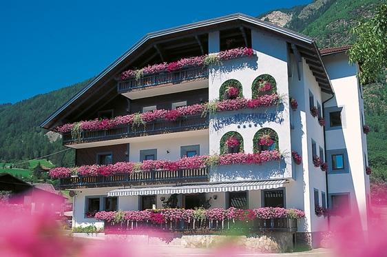 Hotel M Ef Bf Bdhlener Hof