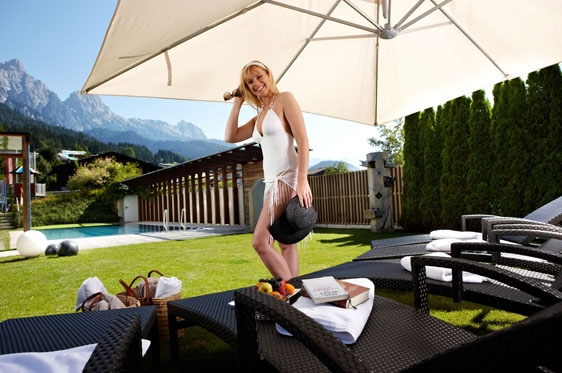 hotel salzburger hof in leogang oostenrijk berg en meer. Black Bedroom Furniture Sets. Home Design Ideas